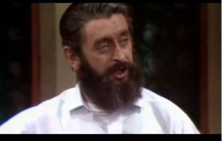 Ronnie Drew Singing