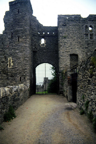 Swords Castle 1995